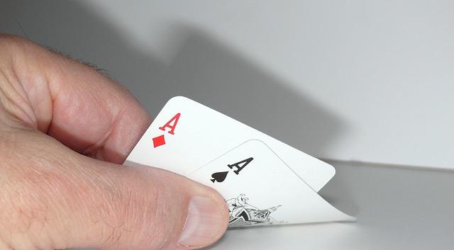 【基督徒戒賭見證】看透賭博的實質 她墮落的生活有了轉機